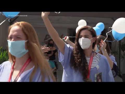Último paciente do hospital de campanha do Ibirapuera recebe alta em SP